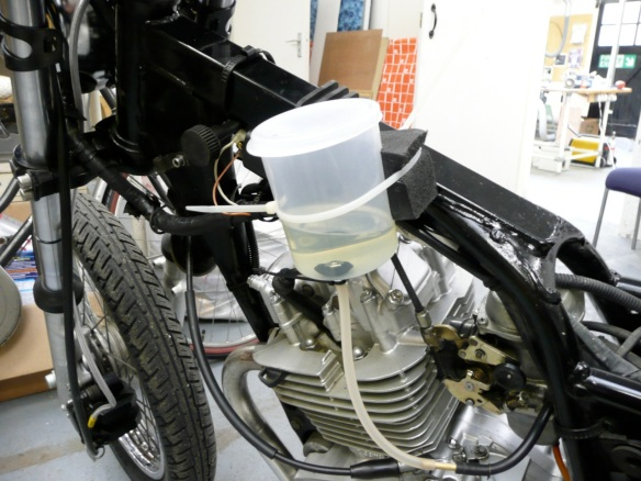 Minimal fuel tank!